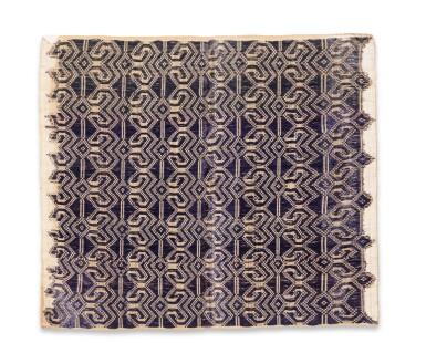View 9. Thumbnail of Lot 6. Un textile cérémoniel pua et trois nattes, Indonésie | A ceremonial cloth pua and three mats, Indonesia.