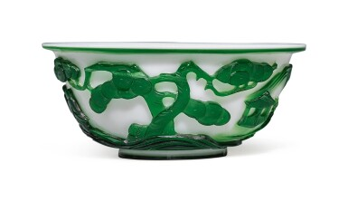 View 4. Thumbnail of Lot 1020. A GREEN OVERLAY WHITE GLASS 'FIGURAL' BOWL, QING DYNASTY, 19TH CENTURY.