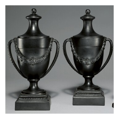 A PAIR OF WEDGWOOD AND BENTLEY BLACK BASALT OVOID CASSOLETTES AND COVERS CIRCA 1770