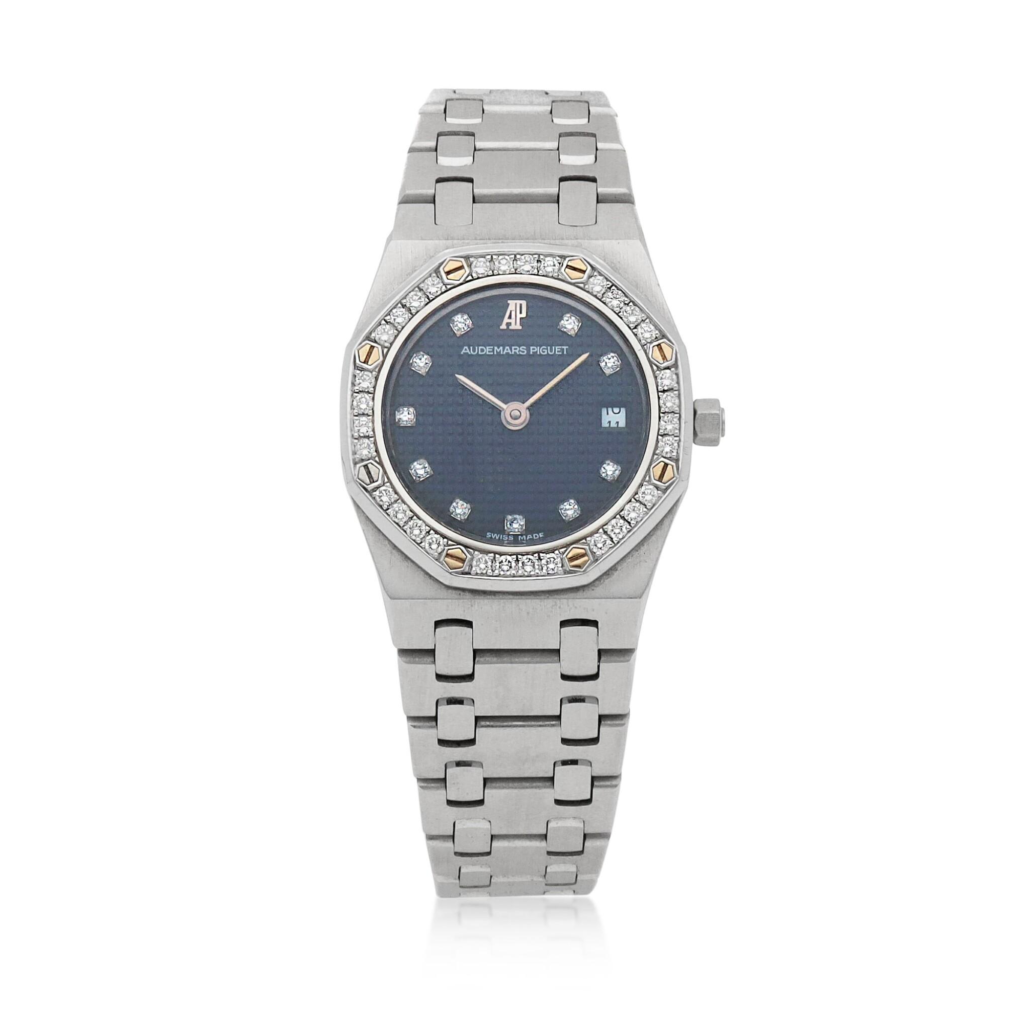 View full screen - View 1 of Lot 506. Royal Oak White gold and diamond-set wristwatch with date and bracelet Circa 1995 | 愛彼 「Royal Oak」白金鑲鑽石鍊帶腕錶備日期顯示,年份約1995.
