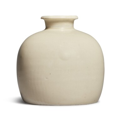 View 1. Thumbnail of Lot 182. A rare 'Ding' 'tulu' vase, Northern Song dynasty | 北宋 定窰白釉小口瓶.