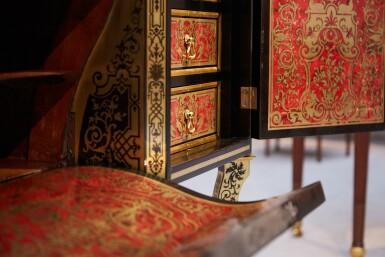 View 3. Thumbnail of Lot 23. A LOUIS XIV EBONY, TORTOISESHELL AND BRASS MARQUETRY BUREAU   BUREAU EN PLACAGE D'ÉBÈNE, ÉCAILLE BRUNE ET LAITON MARQUETÉS EN CONTREPARTIE D'ÉPOQUE LOUIS XIV.