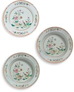 THREE CHINESE FAMILLE-ROSE WARES, QING DYNASTY, QIANLONG PERIOD, CIRCA 1750