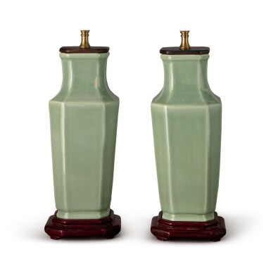 A PAIR OF CHINESE CELADON-GLAZED OCTAGONAL VASES, 19TH/20TH CENTURY
