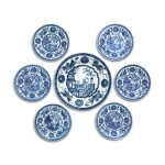 A SET OF SIX CHINESE BLUE AND WHITE 'BOY ON A BALCONY' PLATES QING DYNASTY, KANGXI PERIOD, CIRCA 1725 | 清康熙 約1725年 青花嬰戲圖盤六件