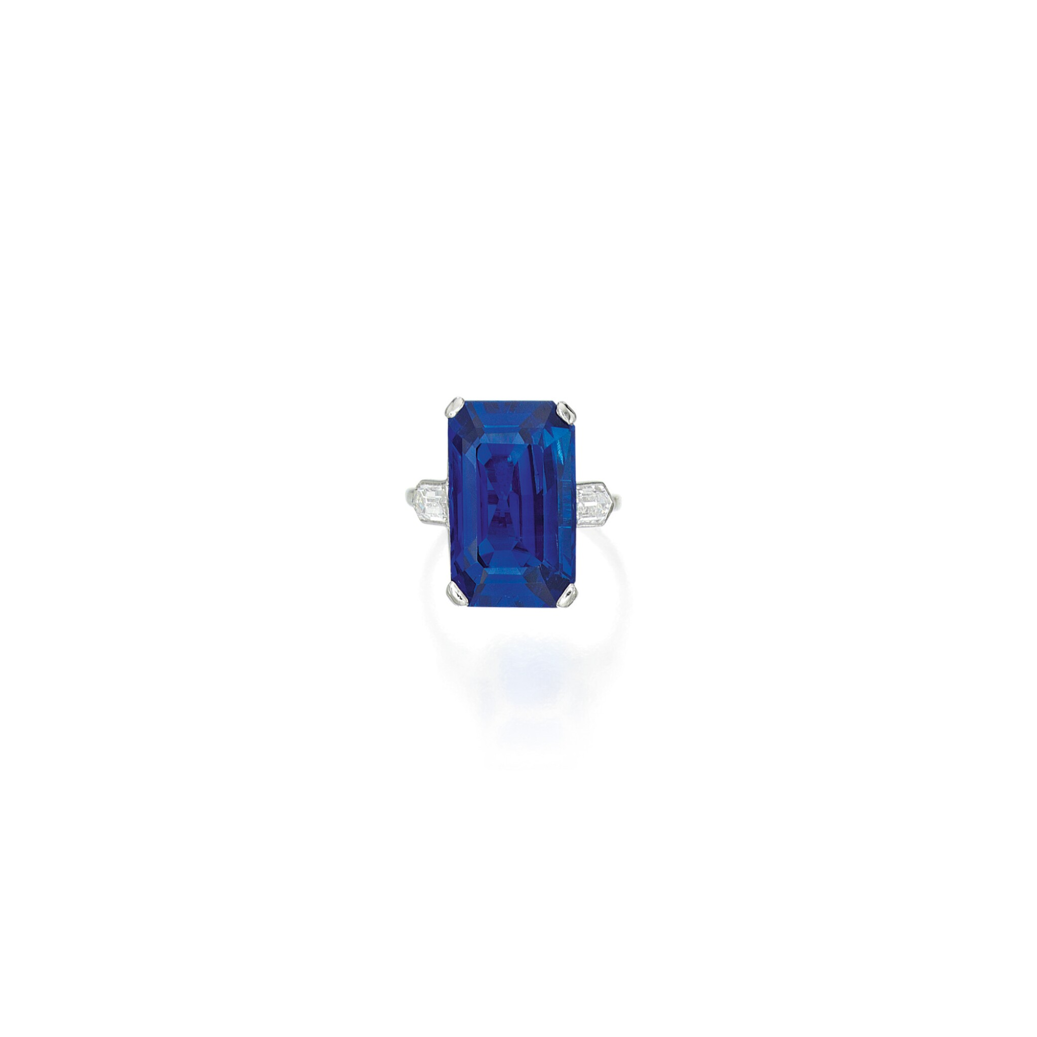 View full screen - View 1 of Lot 602. SAPPHIRE AND DIAMOND RING, CARTIER | 藍寶石配鑽石戒指,卡地亞.