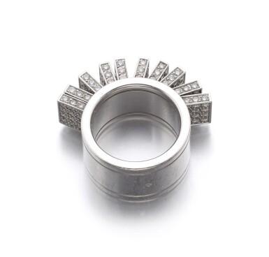 DIAMOND RING | CARTIER