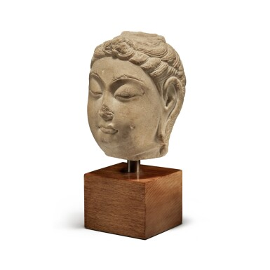 View 2. Thumbnail of Lot 109. A marble head of bodhisattva, Tang Dynasty | 唐 大理石菩薩首像.