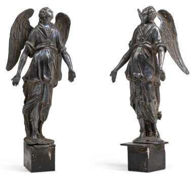 ITALIAN, 18TH CENTURY | Pair of Angels