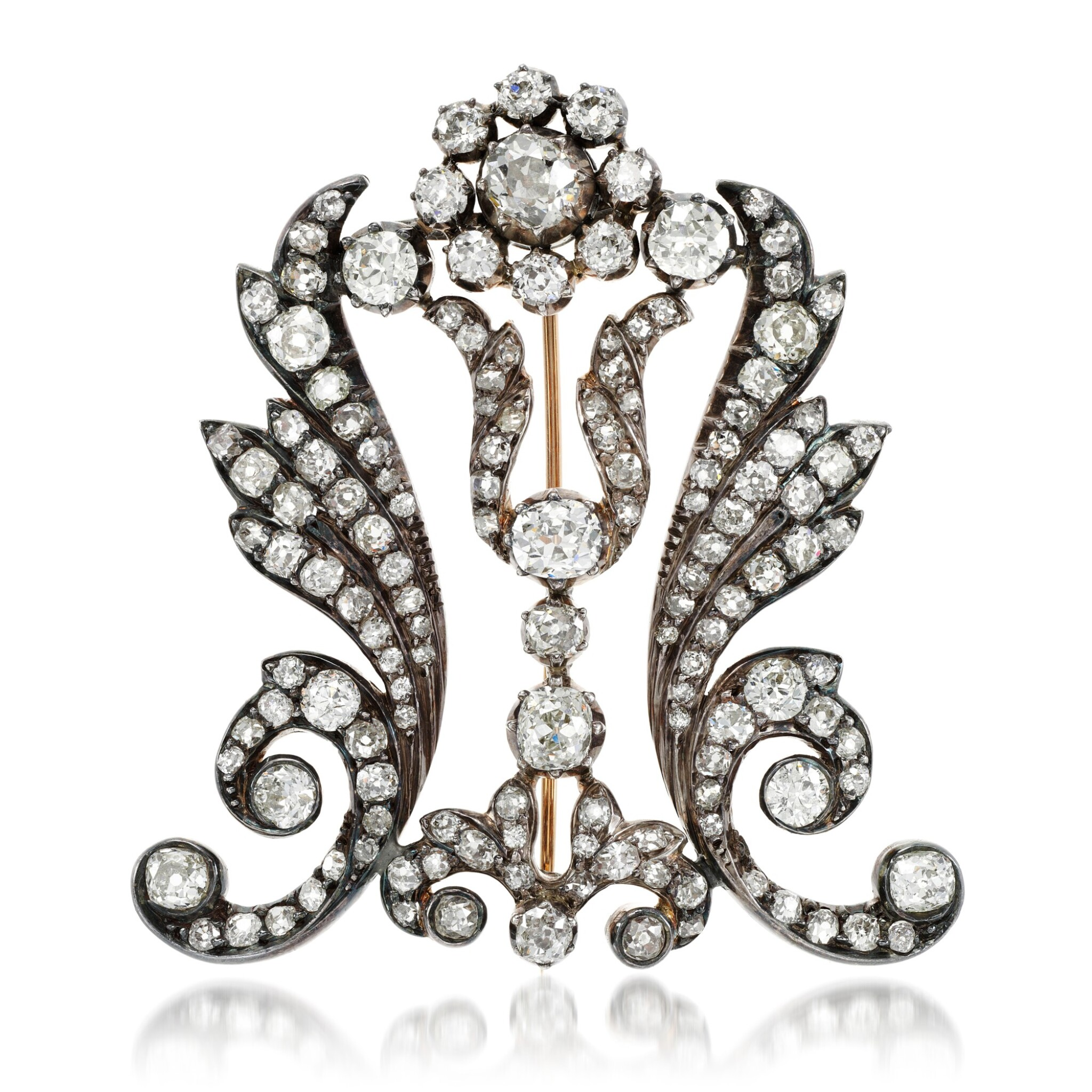 View full screen - View 1 of Lot 201. Diamond brooch, 1880s and later.