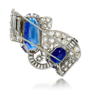 View 7. Thumbnail of Lot 179. Important sapphire and diamond brooch, 1930s | 藍寶石配鑽石別針,1930年代.