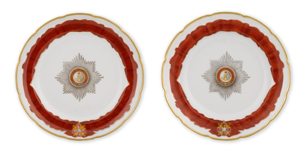 TWO PORCELAIN DINNER PLATES FROM THE SERVICE FOR THE IMPERIAL ORDER OF ST ALEXANDER NEVSKY, IMPERIAL PORCELAIN FACTORY, ST PETERSBURG, PERIOD OF ALEXANDER II (1855-1881)
