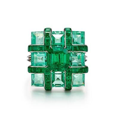 FORMS | EMERALD AND DIAMOND RING | Forms | 1.98卡拉 天然「哥倫比亞」無油祖母綠 配 鑽石 戒指