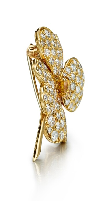 View 2. Thumbnail of Lot 9177. DIAMOND PENDENT NECKLACE / BROOCH, 'COSMOS', VAN CLEEF & ARPELS | 鑽石項鏈 / 別針, 'Cosmos', 梵克雅寶(Van Cleef & Arpels).