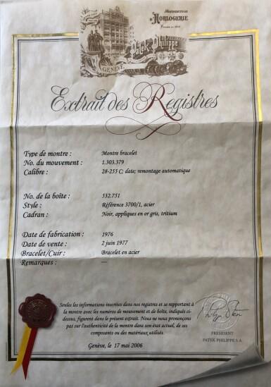 View 10. Thumbnail of Lot 68. 'Jumbo' Nautilus, Ref. 3700/1 Stainless steel wristwatch with date, bracelet and cork presentation case Made in 1976 | 百達翡麗 3700/1型號「'Jumbo' Nautilus」精鋼鍊帶腕錶備日期顯示,附軟木錶盒,1976年製.