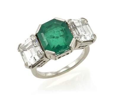 EMERALD AND DIAMOND RING (ANELLO CON SMERALDO E DIAMANTI)