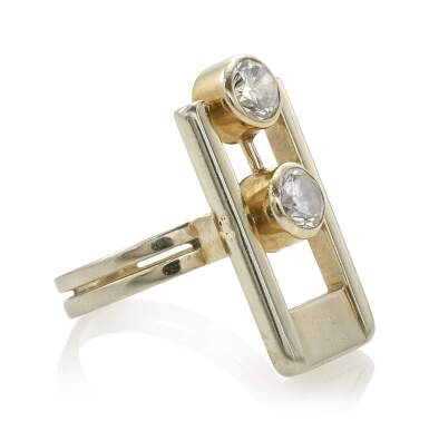 DIAMOND RING (ANELLO CON DIAMANTI)