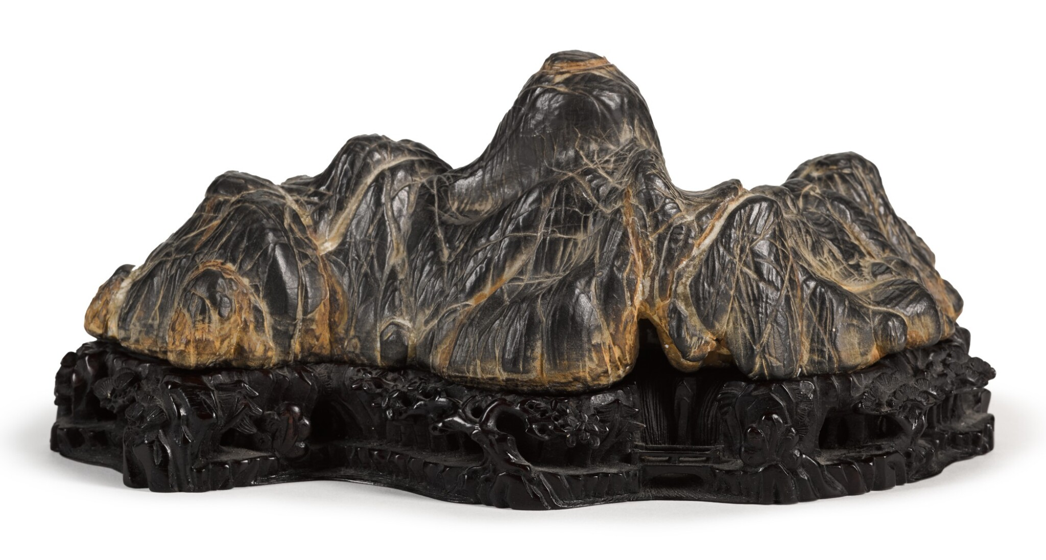 View full screen - View 1 of Lot 91. A SCHOLAR'S ROCK BRUSH REST   QING DYNASTY   清 賞石筆山.