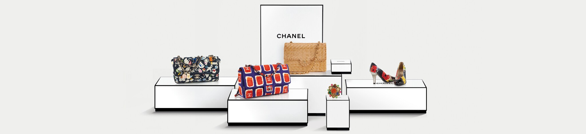 Chanel: Handbags and Accessories
