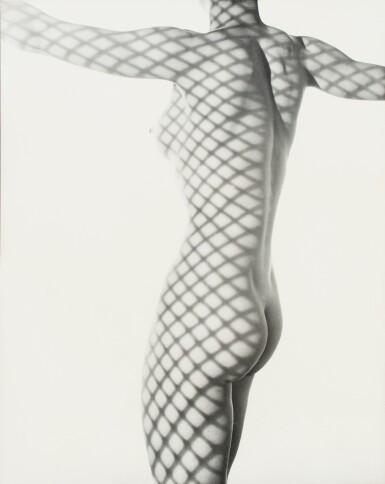 Erwin Blumenfeld   Nude behind the scenes, New York, 1953