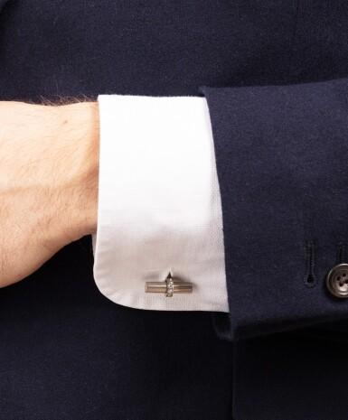 View 4. Thumbnail of Lot 96. Paire de boutons de manchette diamants | Pair of diamond cufflinks.