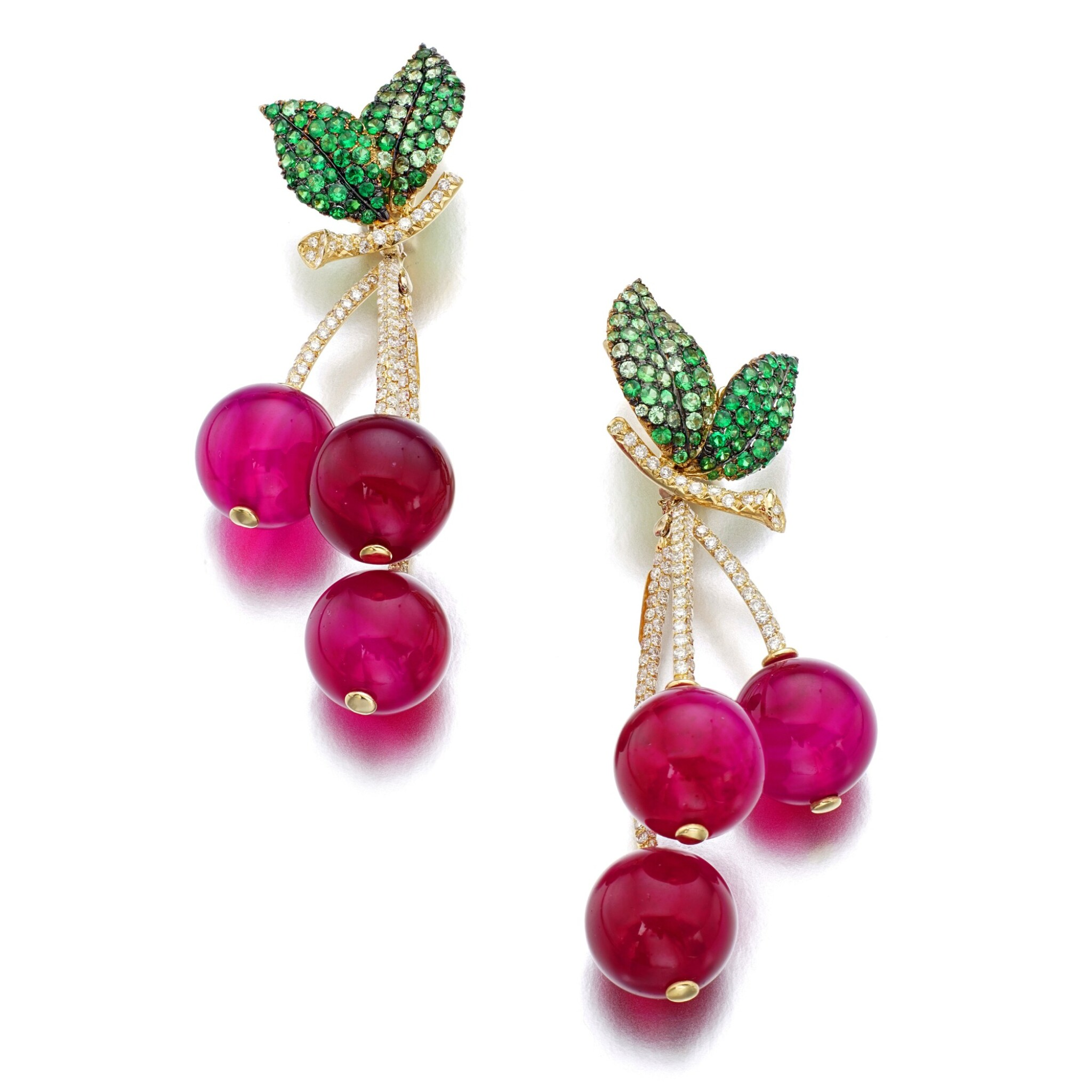 View full screen - View 1 of Lot 7. MICHELE DELLA VALLE | PAIR OF RED AGATE, TSAVORITE GARNET AND DIAMOND EAR CLIPS, 'CILIEGIE'.