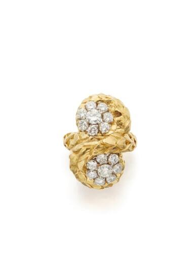 GOLD AND DIAMOND RING, DAVID WEBB
