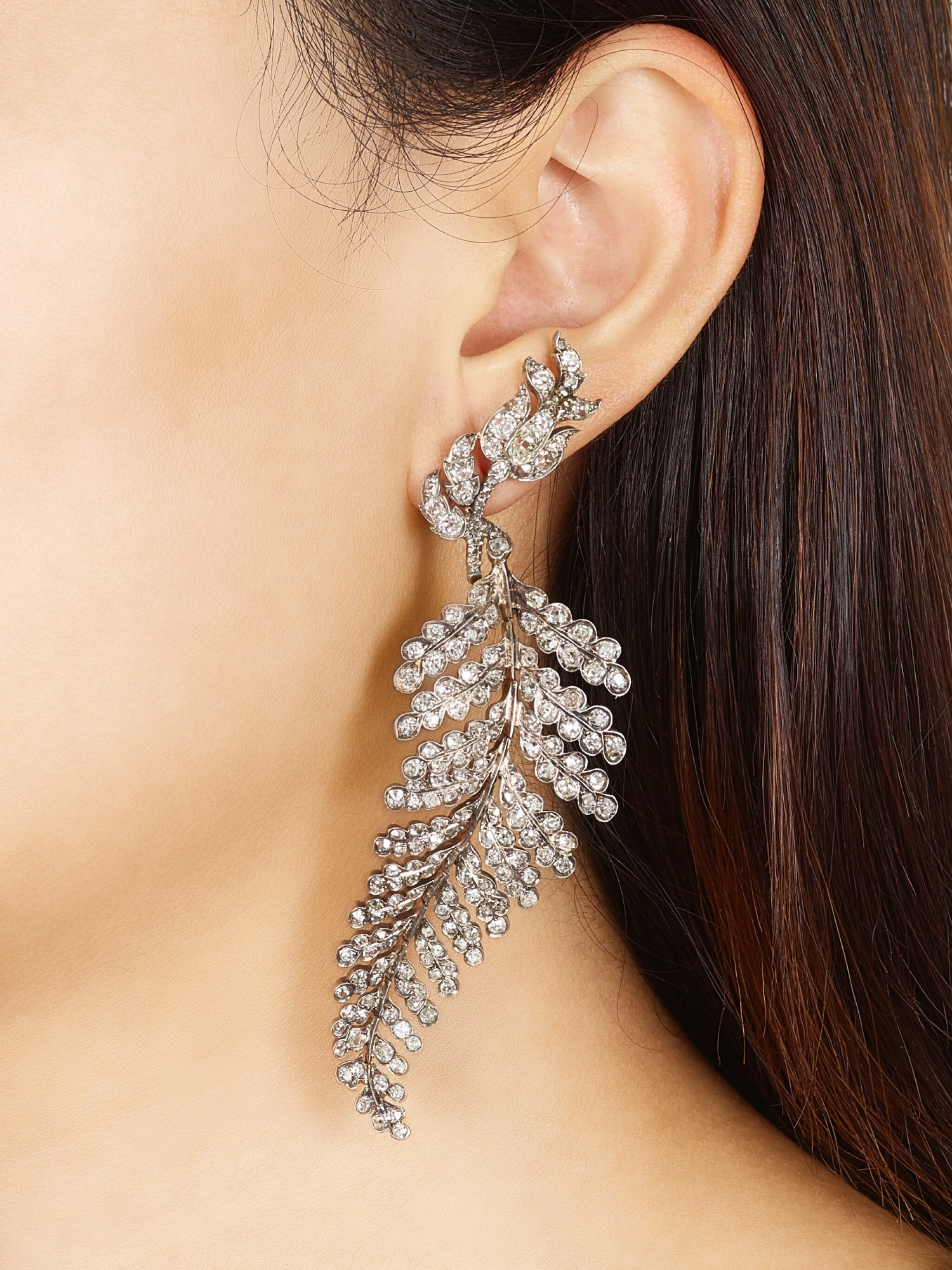 View full screen - View 1 of Lot 1410. ELIANE FATTAL   'FERN' PAIR OF DIAMOND EARRINGS   Eliane Fattal   'Fern' 鑽石耳環一對.