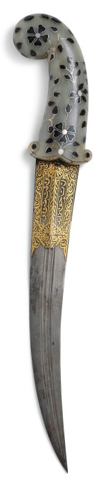 A MUHAL JADE AND SILVER-INLAID JADE-HILTED DAGGER (KHANJAR), INDIA, 18TH CENTURY