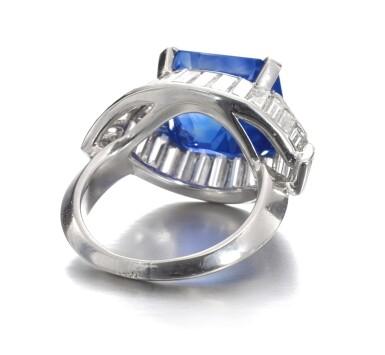 View 3. Thumbnail of Lot 159. Fine Sapphire and diamond ring   藍寶石配鑽石戒指.
