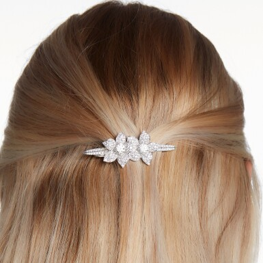View 4. Thumbnail of Lot 33. GRAFF | DIAMOND HAIR SLIDE.