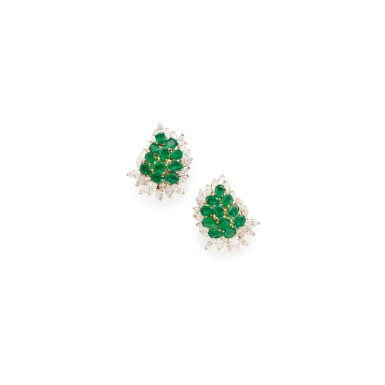 PAIR OF EMERALD AND DIAMOND EARCLIPS