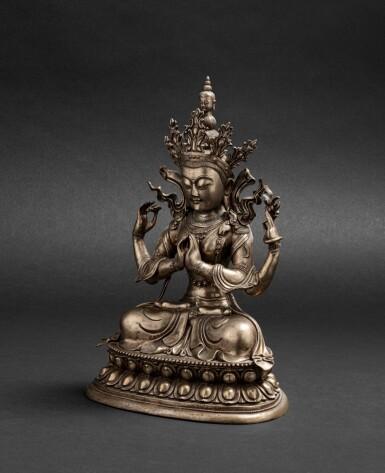 View 2. Thumbnail of Lot 56. Grande figure d'Avalokiteshvara en bronze argenté Circa 1900 | 約1900年 鎏銀銅觀世音菩薩座像 | A silvered-bronze figure of Avalokiteshvara, ca. 1900.