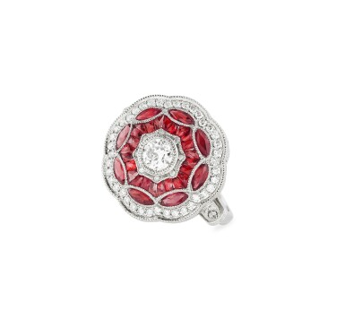BAGUE RUBIS ET DIAMANTS | RUBY AND DIAMOND RING
