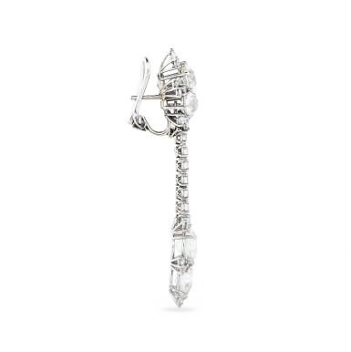 View 3. Thumbnail of Lot 34. PAIRE DE PENDANTS D'OREILLE DIAMANTS   PAIR OF DIAMOND PENDENT EARRINGS .