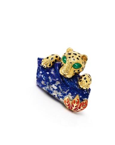 View 2. Thumbnail of Lot 1659. Cartier   'Panthère' Lapis Lazuli, Emerald and Enamel Clip Brooch, Circa 1970   卡地亞  'Panthère' 青金石 配 祖母綠 及 琺琅彩 胸針, 約1970年.
