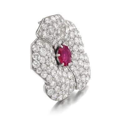View 2. Thumbnail of Lot 601. Cartier | Ruby and diamond brooch, circa 1937 | 卡地亞 | 紅寶石配鑽石別針, 約1937年.