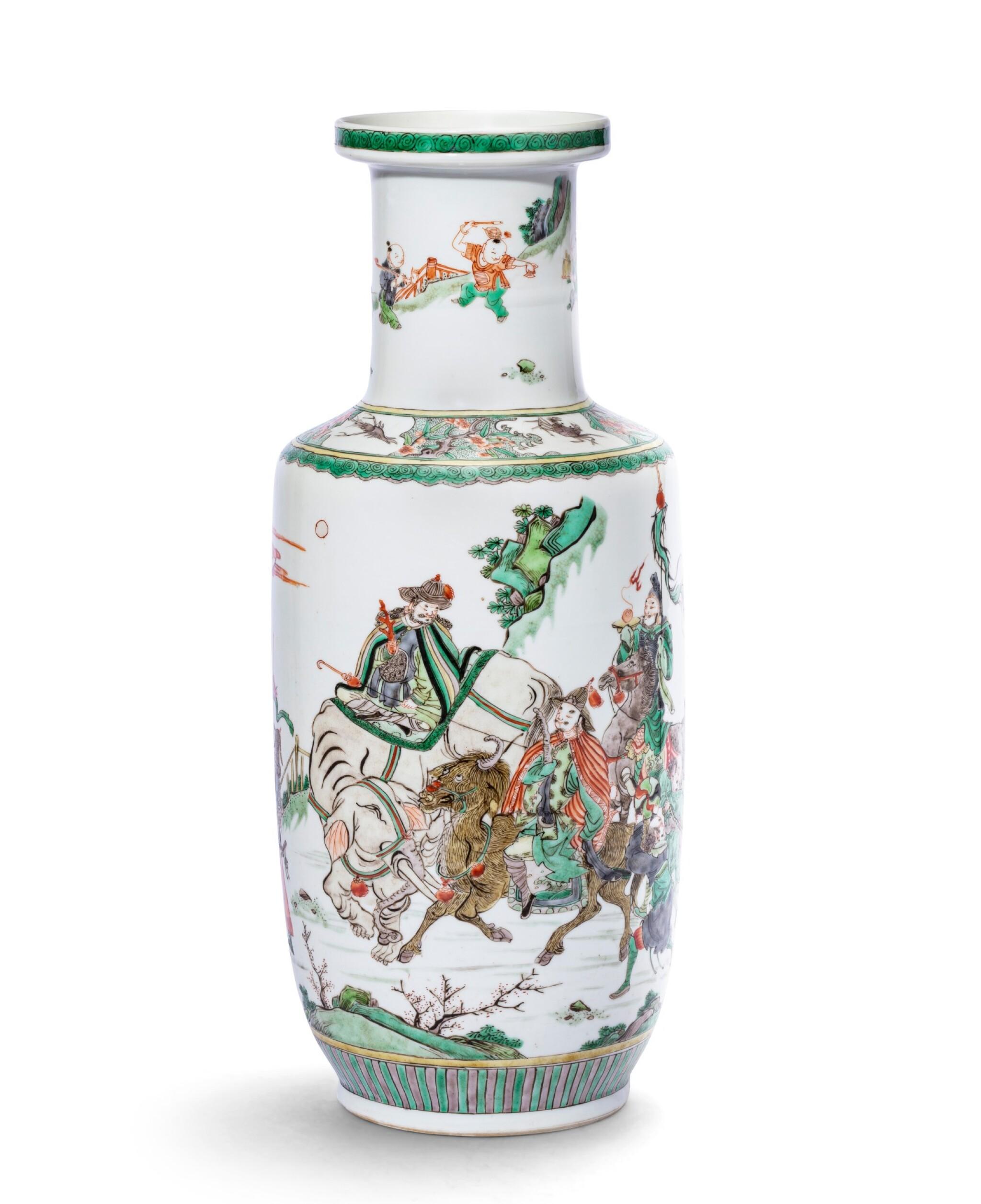 View 1 of Lot 223. Vase rouleau en porcelaine de la Famille Verte Dynastie Qing, époque Kangxi | 清康熙 五彩人物故事紋捧槌瓶 | A famille-verte 'Tribute Bearers' rouleau vase, Qing Dynasty, Kangxi period.