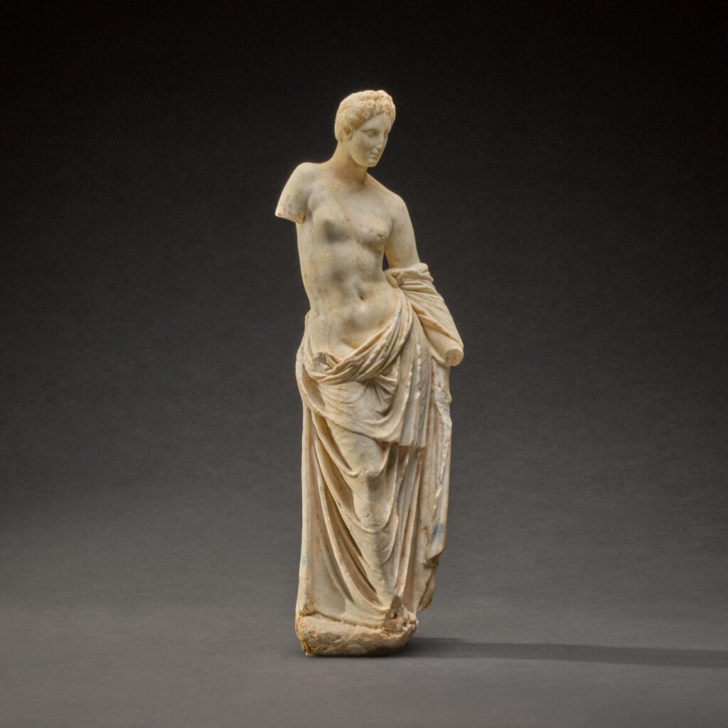 A HELLENISTIC MARBLE FIGURE OF APHRODITE, CIRCA 2ND CENTURY B.C.