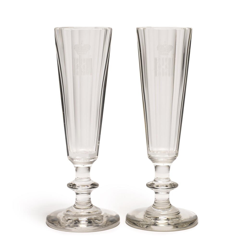 TWO CHAMPAGNE FLUTES, IMPERIAL GLASSWORKS, ST PETERSBURG