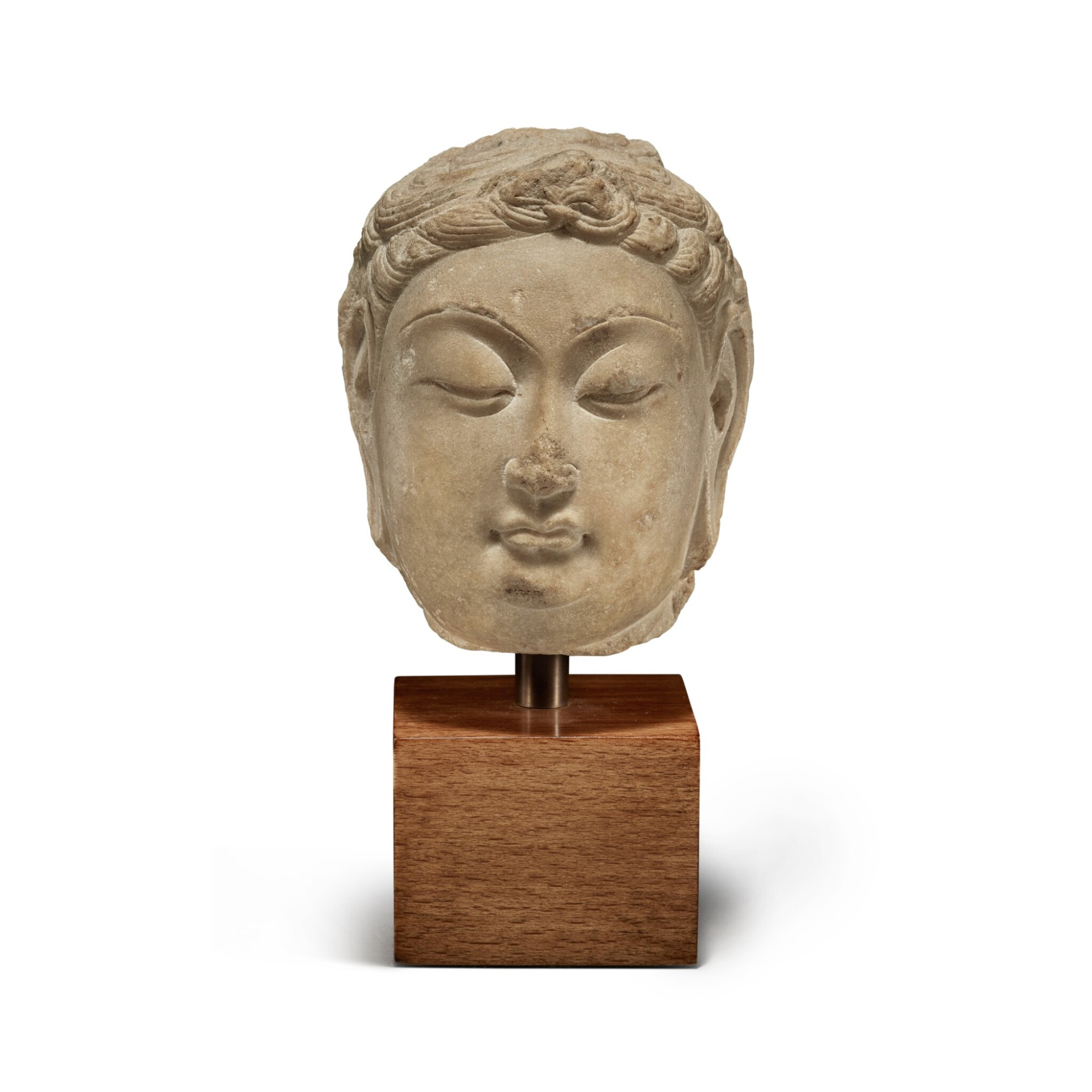 View full screen - View 1 of Lot 109. A marble head of bodhisattva, Tang Dynasty | 唐 大理石菩薩首像.