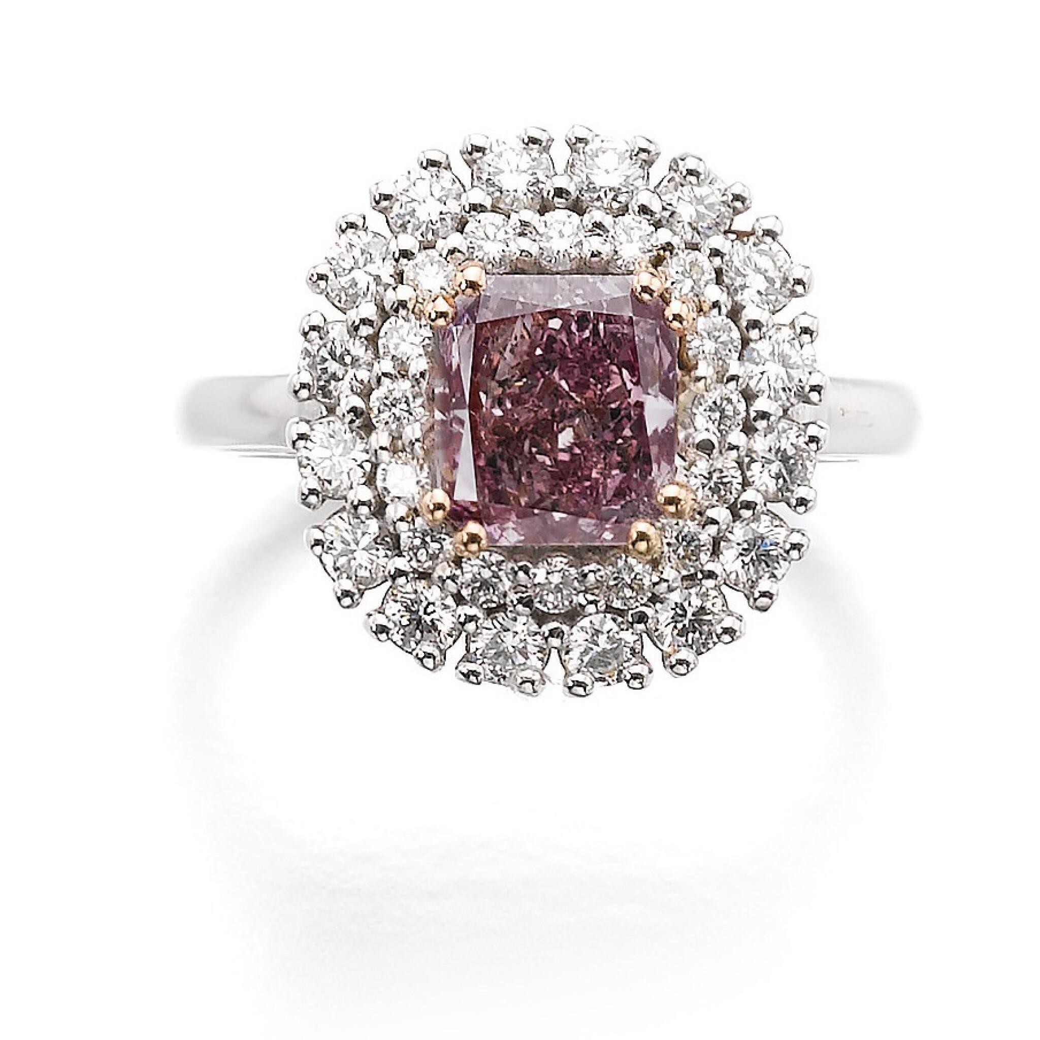 View full screen - View 1 of Lot 312. FANCY DEEP PURPLE-PINK DIAMOND RING.