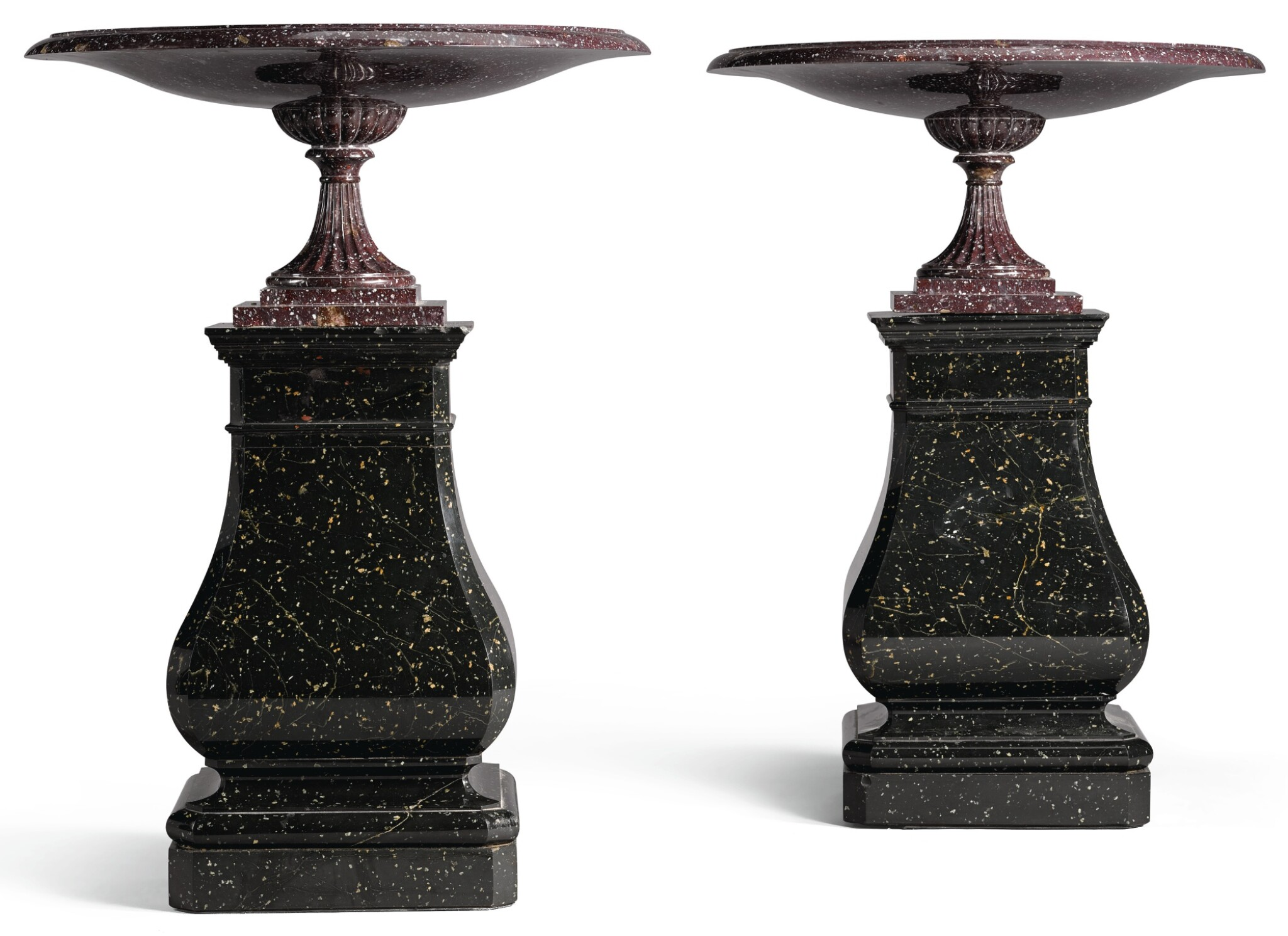 A PAIR OF RUSSIAN RED AND GREEN KORGON PORPHYRY TAZZE CIRCA 1860, BY THE KOLYVAN IMPERIAL LAPIDARY WORKS
