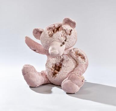 View 2. Thumbnail of Lot 515. DANIEL ARSHAM 丹尼爾·阿爾軒 | PINK SELENITE & ROSE QUARTZ TEDDY BEAR 粉色亞硒酸鹽和玫瑰石英泰迪熊.