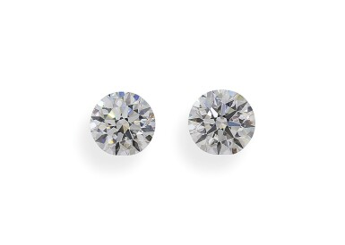 A Pair of 1.01 and 1.00 Carat Round Diamonds, E Color, VVS2 Clarity