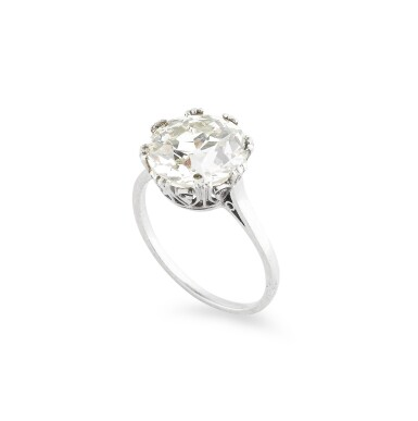 View 2. Thumbnail of Lot 10. BAGUE DIAMANT | DIAMOND RING .