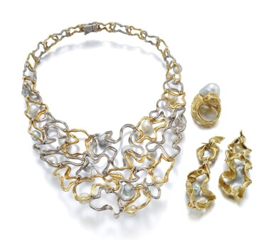 GOLD AND CULTURED PEARL PARURE | GILBERT ALBERT