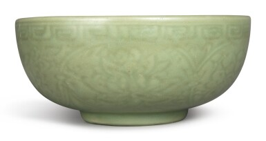 View 4. Thumbnail of Lot 1132. A CARVED 'LONGQUAN' CELADON-GLAZED 'LOTUS' BOWL, MING DYNASTY, 15TH CENTURY.