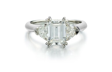 DIAMOND RING, HARRY WINSTON   1.71卡拉 方形 E色 VVS2淨度 鑽石 戒指, 海瑞溫斯頓 ( Harry Winston )
