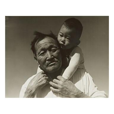 DOROTHEA LANGE | GRANDFATHER AND GRANDSON, JAPANESE RELOCATION CAMP, MANZANAR, CALIFORNIA